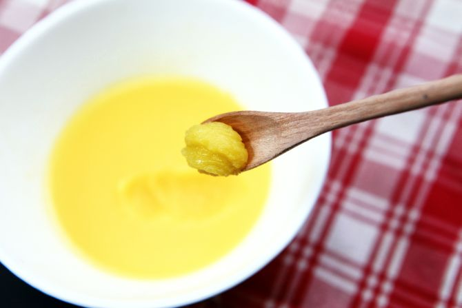 Como preparar manteiga clarificada